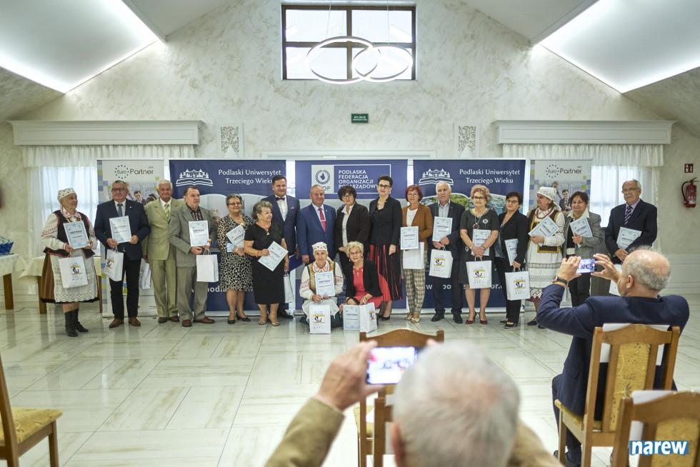 Łomżyńscy seniorzy decydują i apelują