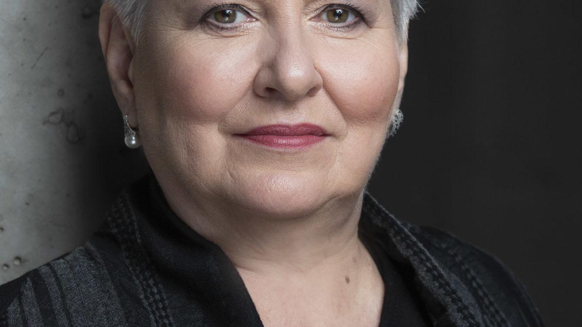 Prof. Violetta Bielecka od dziś pełni funkcję dyrektora OiFP
