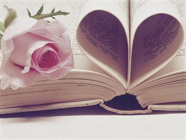 Miłość niejedno ma imię – wiersze Podlaskich Poetów