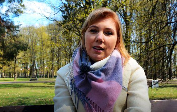 Poetka Anna Czartoszewska w telewizji seniora TVS