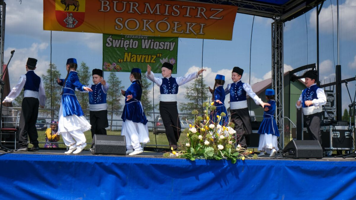 Tatarski Zespół Taneczno-Wokalny Buńczuk
