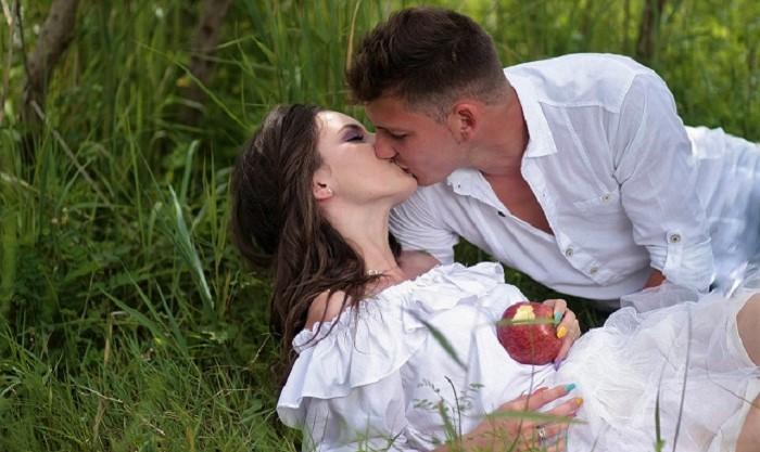 Sekrety pocałunków – wiersze Podlaskich Poetów