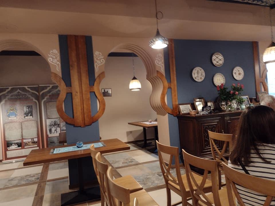 Wnętrze restauracji Halva