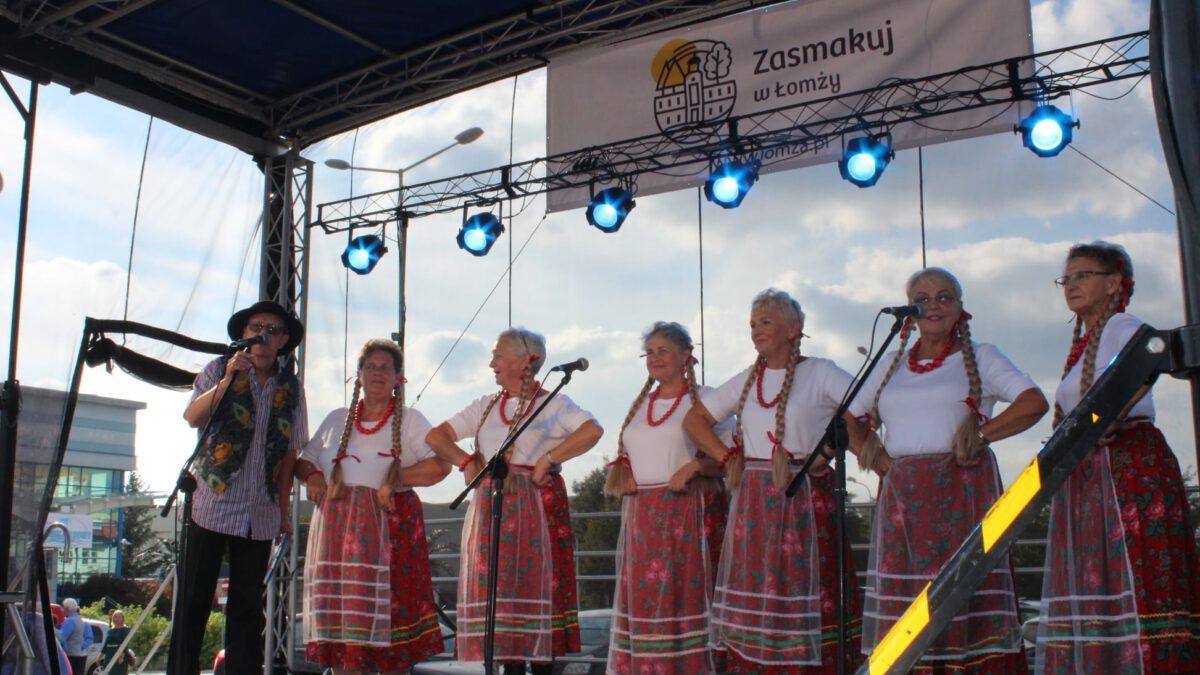 Zespół Kolneńskie Dziewczyny z  Plusem z Kolna